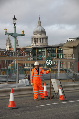 Traffic Management on Southwark Bridge
