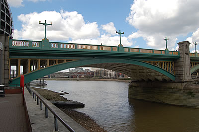 Span 5 as seen from the Thames Path