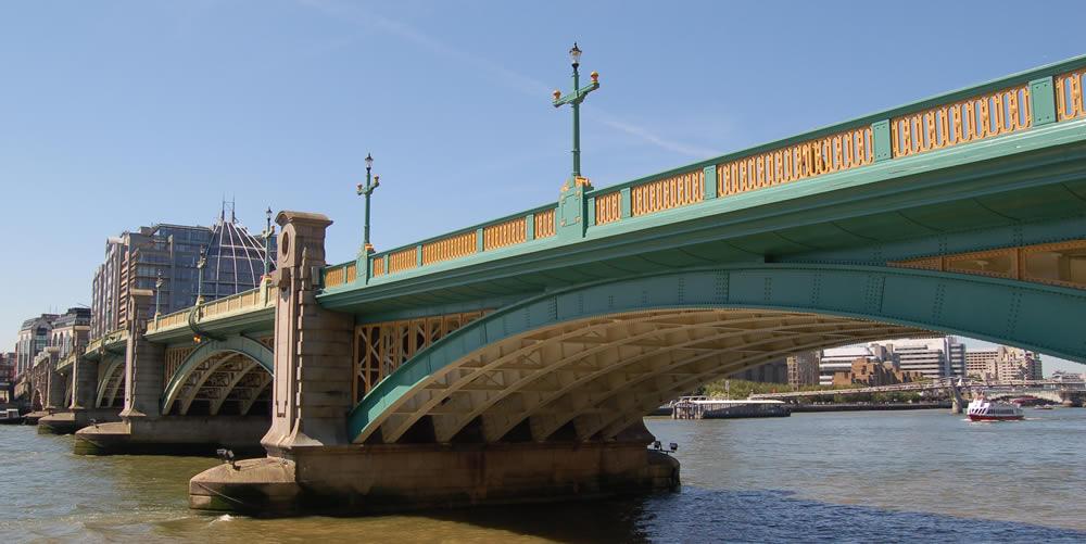 Southwark Bridge - images by Harris Digital Productions